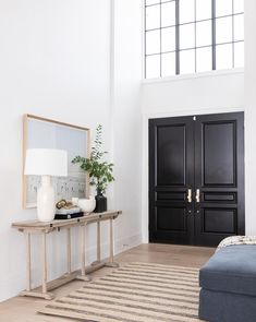 Christine Andrew from Hello Fashion shares her two day transformation of her entry way with Studio McGee and full details on all the home decor products. Entryway Mirror, Modern Entryway, Entryway Ideas, Front Entryway Decor, Entrance Ideas, Entryway Furniture, Hallway Ideas, Entry Way Design, Tall Ceilings