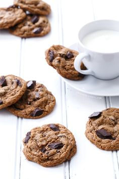 Muscovado Chocolate Chip Cookies. #recipes #foodporn #desserts #chocolate #cookies