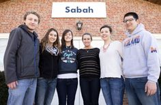 Bosnian youth transform Lincoln church into mosque : The (402)/411