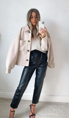 Casual Winter Outfits, Winter Fashion Outfits, Autumn Winter Fashion, Flannel Fashion, Autumn Fall, Outfits Otoño, Trendy Outfits, Fall Outfits, Oversized Flannel Outfits
