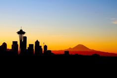 Washington Mountains, Seattle Washington, Washington State, Seattle Skyline, Seattle City, Skyline Painting, Skyline Art, Seattle Mountain, Flora