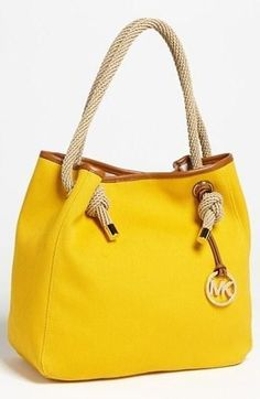 How i love this bag from MK! #bag #MK #MichaelKors Personalized fashion advice on -> www.style-advisor.com