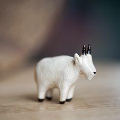 Le Ambitious Mountain Goat Totem - le animalé