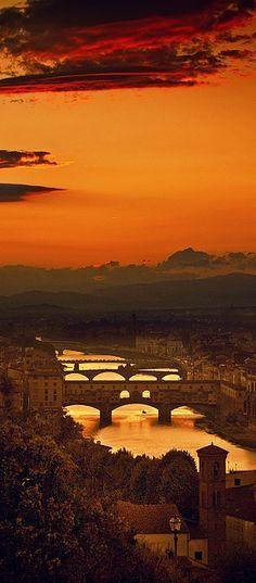The Four Bridges of Florence, Italy. https://ExploreTraveler.com