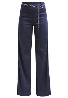 Outlet Guess CLEA PALAZZO - Flared Jeans - blue Donkerblauw: € 55,95 Bij Zalando (op 10-9-16). Gratis bezorging & retournering, snelle levering en veilig betalen!