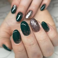 Christmas nail art offers a fun way to marry your love of beauty with all things seasonal. Here, you'll discover dozens of Christmas manicure ideas. Christmas Manicure, Christmas Nail Art, Ugly Xmas Sweater, Manicure Ideas, Marry You, Fun, Beauty, Holiday Nails, Beauty Illustration