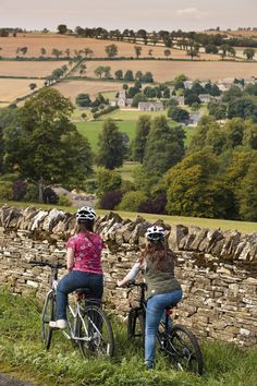 Cycling the Cotswolds, England. Yes, please.