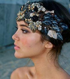 Accessoires cheveux : les plumes
