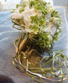 Bouquet da sposa lysianthus e ortensia verde