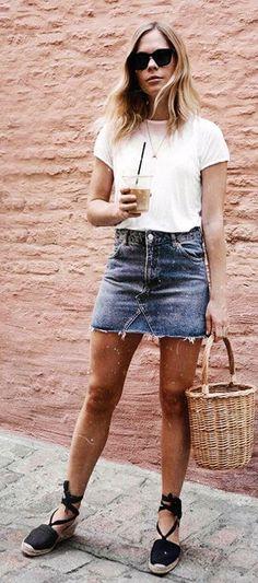 summer outfits White Tee + Denim Skirt + Black Pumps