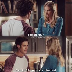 "#Stitchers 1x01 ""A Stitch in Time"" - Kirsten and Cameron"