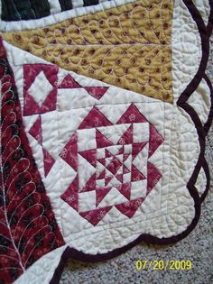 I'd like to do a scallop-edged quilt - One of the corners on my Dear Jane quilt
