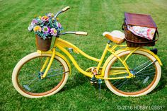 Adventure out for a picnic in style with beautiful and functional baskets!
