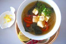 Vegetarische Misosuppen Rezepte Pudding, Desserts, Food, Gluten Free Foods, Easy Soup Recipes, Good Food, Meal, Custard Pudding, Deserts