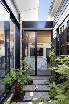 Gallery of Bundaroo House / Tziallas Omeara Architecture Studio - 15