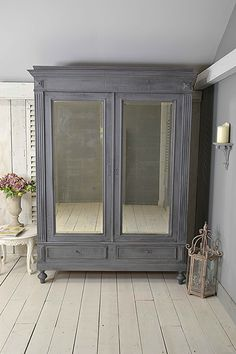 #letstrove This handsome Continental Wardrobe with antiqued smokey mirrors is perfect if you don't have easy access to a bedroom, as its supplied 'knocked-down', ready for assembly on site. We've painted in Mylands Leadenhall, with a Farrow & Ball Off Black Dry Brush Effect over the top. https://www.thetreasuretrove.co.uk/bedroom-storage/large-continental-shabby-chic-knock-down-wardrobe #mylands #shabbychicdecor #shabbychic #vintagefurniture #greyfurniture #vintagelove