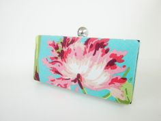 floral clutch at Http://www.VincentVdesigns.Etsy.com