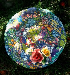 A second view of the finished pique assiette mosaic bird bath, full description is on previous pin.