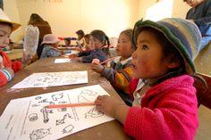 #Kitscolastico   Superegali   Tutto il necessario per studiare e iniziare serenamente l'anno scolastico.    In Perù, come in altri paesi nel mondo, l'emancipazione della donna parte dall'iscrizione a scuola.    Regala questa opportunità