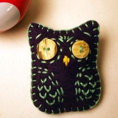 Felt Owl Shaped Brooch Button Pin Dark Purple Mint...