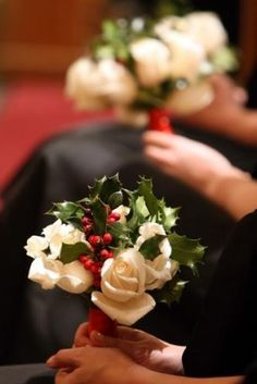 winter wedding bouquet with berries 275x412 Best Flowers for Winter Weddings in the Washington DC Area