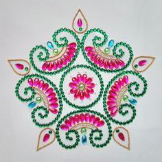 11 piece Kundan Rangoli Gopadma shape