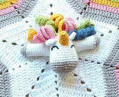 Mantas de apego en crochet Crochet Security Blanket, Crochet Lovey, Manta Crochet, Crochet Girls, Love Crochet, Crochet Blanket Patterns, Baby Blanket Crochet, Crochet For Kids, Amigurumi Patterns