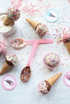 Ice Cream Cone Cake Pops - Wendy... an idea for your kids circus party  :)