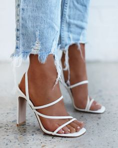 Shop DIAZ - WHITE SNAKE by Billini online now. Fancy Shoes, Formal Shoes, Cute Shoes, Me Too Shoes, Flat Shoes, Style Outfits, Shoes Style, Aesthetic Shoes, Prom Shoes