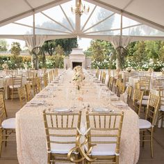 """Alluring Events + Design på Instagram: """"HOLY ROMANTIC! The soft linens, gold chivari chairs, gorgeous chandelier, bistro lighting + European fireplace, I mean.. Tap for vendor credits ✨ ••• #tent #tentedwedding #chandelier #fireplace #romantic #marketlighting #bistrolighting #weddinglighting #latavola #gold #blush #chivarichairs"""