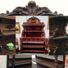 meuble napoléon III en noyer, trois tiroirs, formant desserte . XIX siècle .