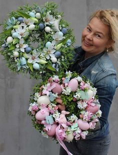 1 million+ Stunning Free Images to Use Anywhere Easter Flower Arrangements, Easter Flowers, Spring Flowers, Easter Wreaths, Holiday Wreaths, Diy Wreath, Wreath Crafts, Easter Crafts For Toddlers, Diy Easter Decorations