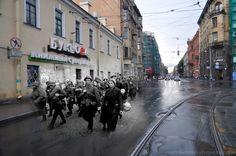 Sergey Larenkov, Leningrad 1941/St.Petersburg2011 | People's volunteer corps is going to the front.