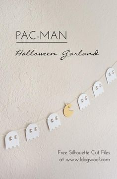 Free Silhouette cut files for a pumpkin pac-man halloween garland!  | www.1dogwoof.com