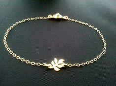 Tiny Leaf  Gold Bracelet    tiny small cute simple