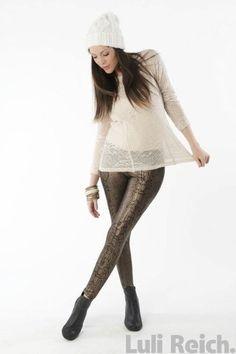 www.facebook.com/lulireichba PH: Santiago Giovanetti MODEL: Agustina Attias MAKE-UP: Geraldine Aisenson
