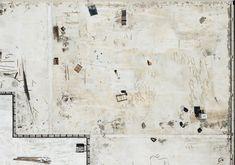 Nel suo libro, il fotografo greco Yiorgis Yerolymbos ha documentato il processo di costruzione del Stavros Niarchos Foundation Cultural Center, progettato da Renzo Piano ad Atene.