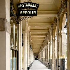 Restaurants - Le Grand Vefour   Near Palais Royal -the lunch crowd of Le Grand Vefour is a scene of post-Stella McCartney shopping fashionistas that squabble over cocktails and entrée salads. come dinnertime, find a more serious crowd of savvy foodies. Visitors should keep in mind that the restaurant is only open lunch and dinner Monday through Friday, closed for dinner on Friday and closed all day on Saturday and Sunday.
