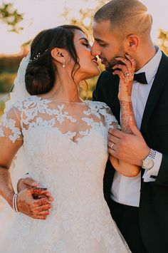 Some golden hour couple shoot inspiration for your wedding day Wedding Venues, Wedding Day, Couple Shoot, Golden Hour, Beautiful Moments, Muslim, Glamour, Indian, Bride