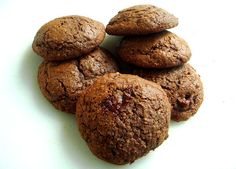 Delicious cookies with chocolate and cream cheese