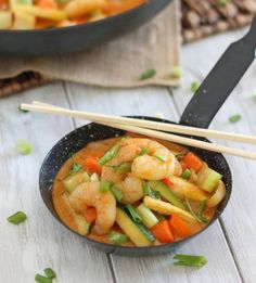Coconut Red Curry Shrimp by Running to the Kitchen - An easy 15 minute red curry shrimp recipe with the perfect balance of creamy coconut and spice. - low carb