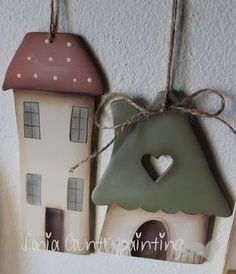 Beautiful Little Clay Houses Diy Clay, Clay Crafts, Wood Crafts, Fun Crafts, Diy And Crafts, Crafts For Kids, Pottery Houses, Ceramic Houses, Clay Houses