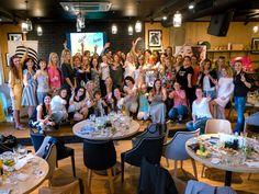 Akčné ženy v Košiciach zažili inšpiratívny večer venovaný networkingu - Akčné ženy Public Relations, Table Settings, Place Settings, Tablescapes