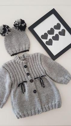 Baby Knitting Patterns, Baby Patterns, Free Knitting, Crochet Bebe, Crochet Art, Crochet For Kids, Cute Cardigans, Baby Sweaters, Dior