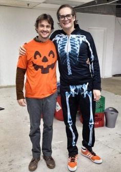 Hugh Dancy + Pumpkins = ADORABLE!
