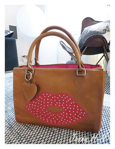 by Fabienne Kiss bag, collection Very Lovely, Brown Leather, Kiss, Accessories, Collection, Kisses, Tan Leather, Brown Skin, A Kiss