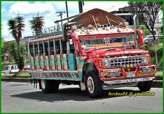 Chiva Colombiana - bus escalera - FORD 600 1965  SYJ 097