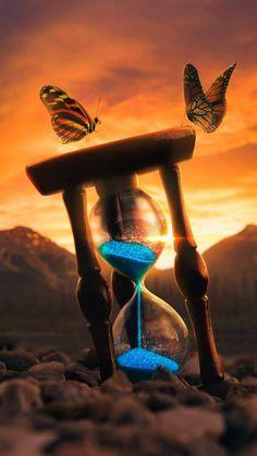 Hourglass Artwork iPhone Wallpaper – Cool Backgrounds