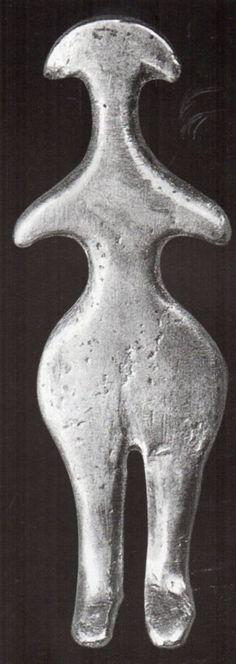 Hattian , Electrum (natural alloy of gold and silver) Alacahöyük, Museum of Anatolien Civilizations, Ankara (Ekrem Akurgal) (Erdinç Bakla archive)