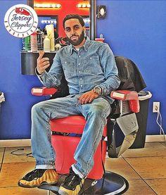 Feeling right at home #jerseyclippers #jerseyclippersbarbershop #stayfresh #staysharp #looksharpfeelsharp #barbershopconnect #barbershopplug